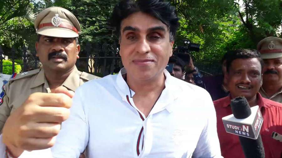 "Hyderabad: ""Chennai Express"" producer Karim Morani in police custody after he surrendered to police in connection with the alleged rape of a 25-year-old aspiring actress, hours after the Supreme Court dismissed his bail plea, in Hyderabad on Sept 23, 2017. (Photo: IANS) by ."