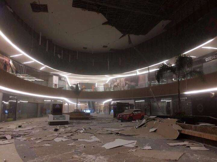 CHIAPAS, Sept. 8, 2017 (Xinhua) -- Photo taken on Sept. 8, 2017 shows debris and damages in a mall after an earthquake jolted Tuxtla Gutierrez, Chiapas state, Mexico. A powerful earthquake measuring 8.0 on the Richter scale struck off Mexico's southern coast on late Thursday, the United States Geological Survey (USGS) said. (Xinhua/Str/IANS) by .