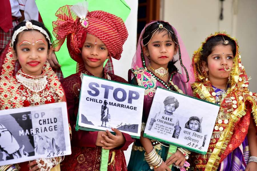 Bikaner: School children participate in an awareness campaign organised to stop child marriage on 'Akshaya Tritiya' in Bikaner of Rajasthan on April 27, 2017. (Photo: IANS) by .