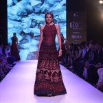 "Mumbai:Model walk the ramp for ""The Indias International Jewellery Week 2017"" in Mumbai on Sept 24, 2017.(Photo: IANS) by ."