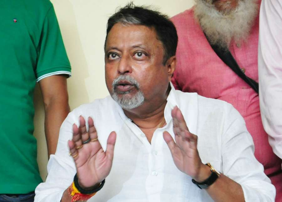 Kolkata: Senior Trinamool Congress leader Mukul Roy addressing the media in Kolkata on Sept. 25, 2017. Mukul Roy, once the right hand man of Chief Minister Mamata Banerjee, announced his decision to quit the party. (Photo: IANS) by .