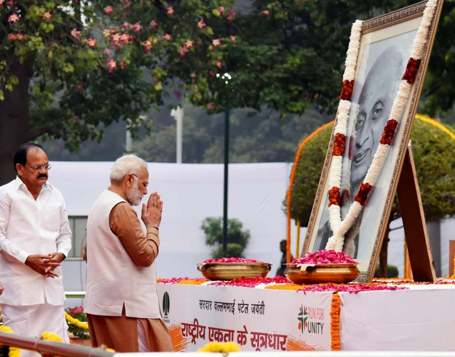New Delhi: Prime Minister Narendra Modi paying floral tributes to Sardar Vallabhbhai Patel on his birth anniversary at Patel Chowk, in New Delhi on October 31, 2017. The Vice President M. Venkaiah Naidu is also seen. (Photo: IANS/PIB) by .