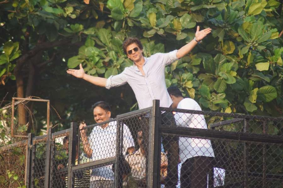 Mumbai: Actor Shah Rukh Khan greets his fans from his residence - Mannat on his 52nd birthday in Mumbai on Nov 2, 2017. (Photo: IANS) by .