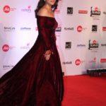 "Mumbai: Actress Kajol at the red carpet of ""63rd Jio Filmfare Awards"" in Mumbai on Jan 20, 2018.(Photo: IANS) by ."