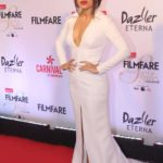 "Mumbai: Actress Bhumi Pednekar at the red carpet of ""Filmfare Glamour & Style Awards 2017"" in Mumbai on Dec 1, 2017. (Photo: IANS) by ."