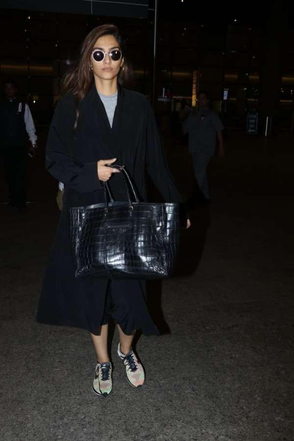Mumbai: Actress Sonam Kapoor seen at Chhatrapati Shivaji Maharaj International airport in Mumbai. (Photo: IANS) by .