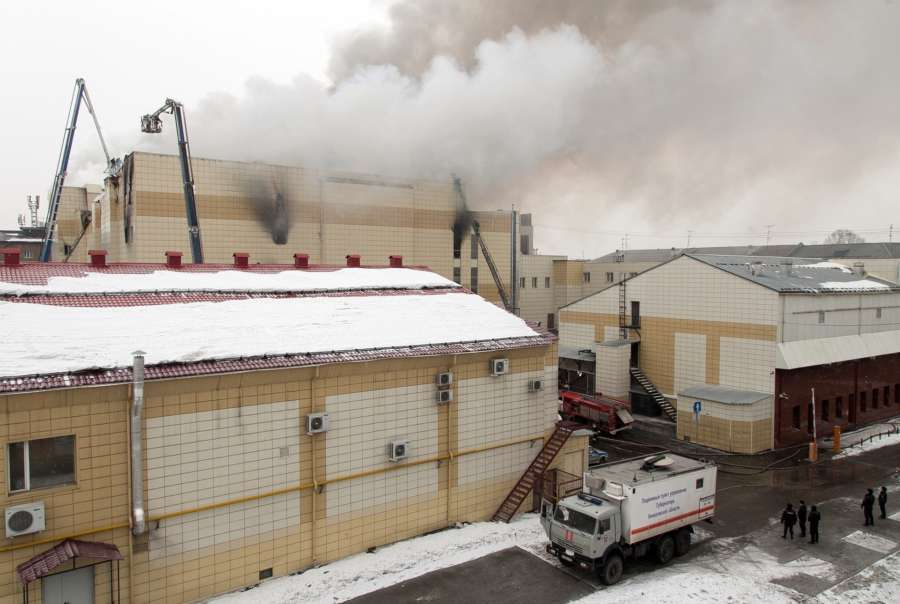 , March 25, 2018 (Xinhua) -- Members of the emergency ministry fire service try to put out the fire at the Zimnyaya Vishnya shopping mall in Kemerovo, Russia, on March 25, 2018. At least 37 people were killed in a fire in a shopping mall in south central Russia's Kemerovo city on Sunday, while many others are missing, TASS news agency reported, citing a source with firefighters. (Xinhua/Sputnik/IANS) by .