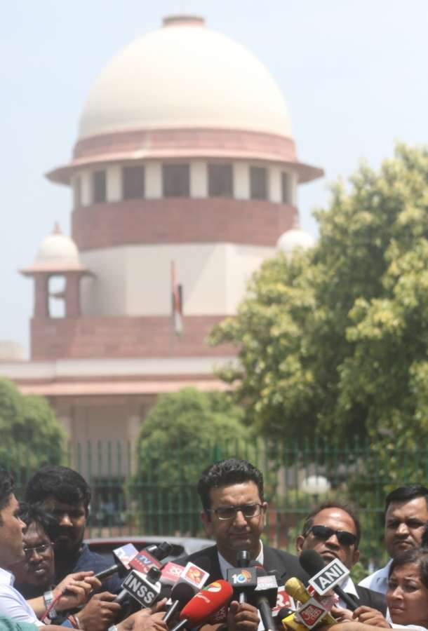 New Delhi: Lawyer Gaurav Bhatia addressing media on CJI impeachment case at Supreme Court lawn in New Delhi on May 8, 2018. (Photo: IANS) by .