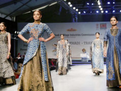 """New Delhi: Model showcase creation of fashion designer Poonam Bhagat collections at FDCI Fashion Show """"Khadi - Transcending Boundaries"""" in collaboration with KVIC as a part of SME Convention 2018 hosted by MSME, in New Delhi, on April 23, 2017. (Photo: by ."""