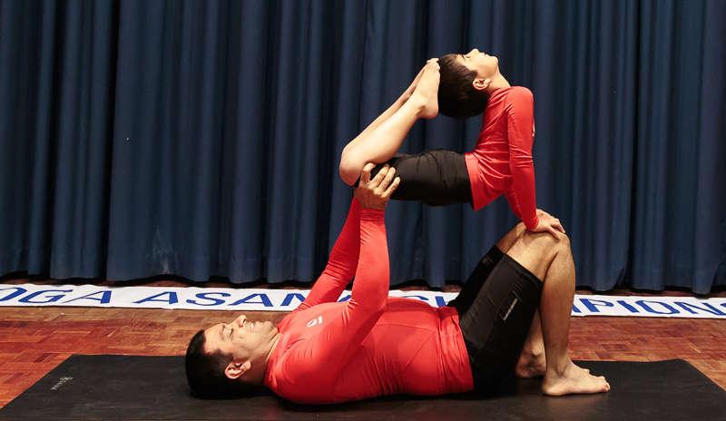 Yoga prodigy Ishwar wins International yoga champion