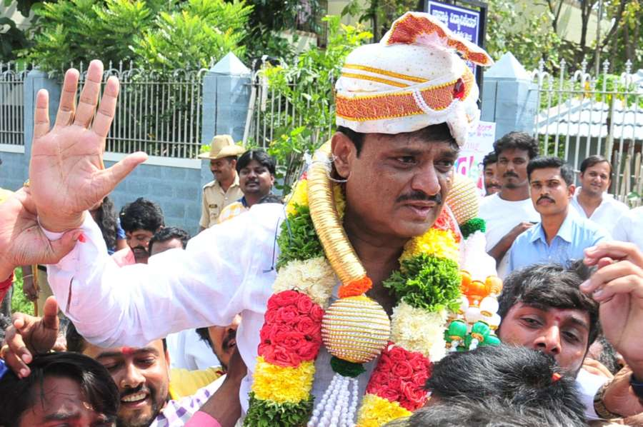 Bengaluru: Congress candidate Muniratna who won Rajarajeshwari Nagar assembly seats in the bypoll, celebrates with party workers; in Bengaluru on May 31, 2018. (Photo: IANS) by .