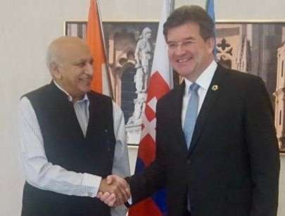 India's Minister of State for External Affairs M J Akbar met United Nations General Assembly President Miroslav Lajcak in Bratislava, the capital of Slovakia, on Thursday, May 17, 2018. (Photo: UNPGA) by .
