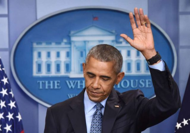 NEW YORK, Dec. 27, 2017 (Xinhua) -- Barack Obama gestures during his final press conference as U.S. President at the White House in Washington D.C., the United States, Jan. 18, 2017.