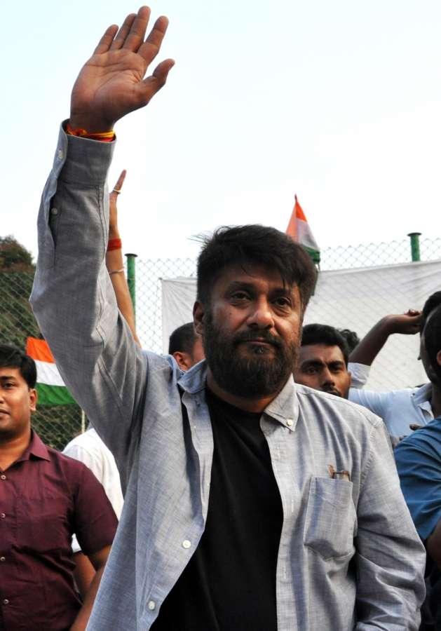 Kolkata: Film director of 'Buddha In A Traffic Jam', Vivek Agnihotri during his film screening at Jadavpore University campus in Kolkata on May 6, 2016. (Photo: Kuntal Chakrabarty/IANS) by .