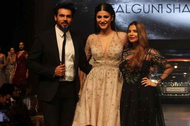 Mumbai: Actress Shruti Hassan, Fashion Designer Falguni & Shane Peacock at red carpet of