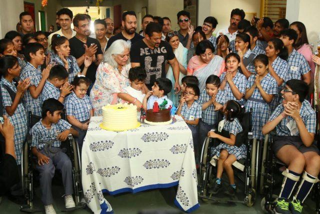 Jaipur: Actor Salman Khan and actress-turned-politician Beena Kak at the inauguration of