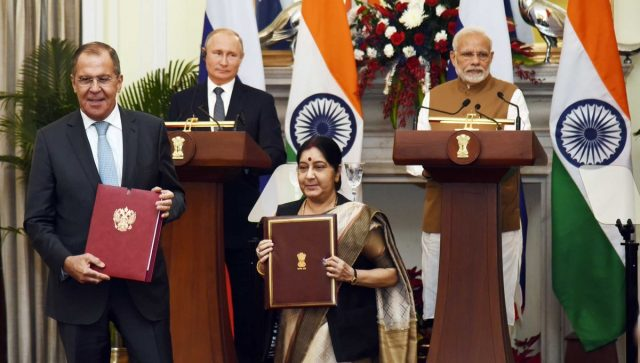 New Delhi: Prime Minister Narendra Modi and Russian President Vladimir Putin witness Russian Foreign Minister Sergey Lavrov and External Affairs Minister Sushma Swaraj exchange India-Russia MoUs, in New Delhi, on Oct 5, 2018. (Photo: IANS/PIB) by .