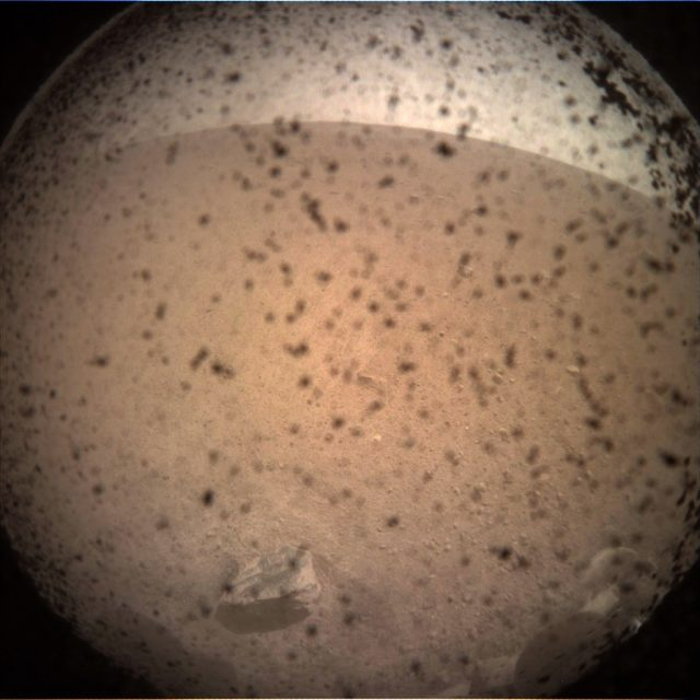 NEW YORK, Nov. 26, 2018 (Xinhua) -- Photo provided by NASA on Nov. 26, 2018 shows the first image taken by NASA's InSight lander on the surface of Mars after its landing. NASA's InSight spacecraft touched down safely on Mars on Monday, kicking off a two-year mission to explore the deep interior of the Red Planet. (Xinhua/NASA/JPL-CALTECH/IANS) by .