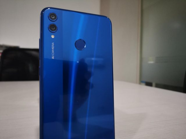 The Honor 8X comes in three variants -- 4GB+64GB, 6GB+64GB and 6GB+128GB -- priced Rs 14,999, Rs 16,999 and Rs 18,999, respectively. by .