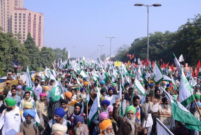 New Delhi: Farmers participate in Kisan Mukti March in New Delhi on Nov 30, 2018. (Photo: IANS) by .
