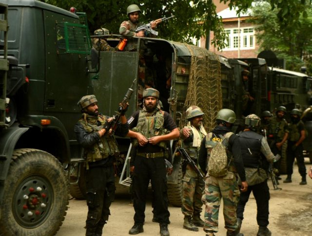 Indian soldiers gearing up for a gunfight. (File Photo: IANS) by .