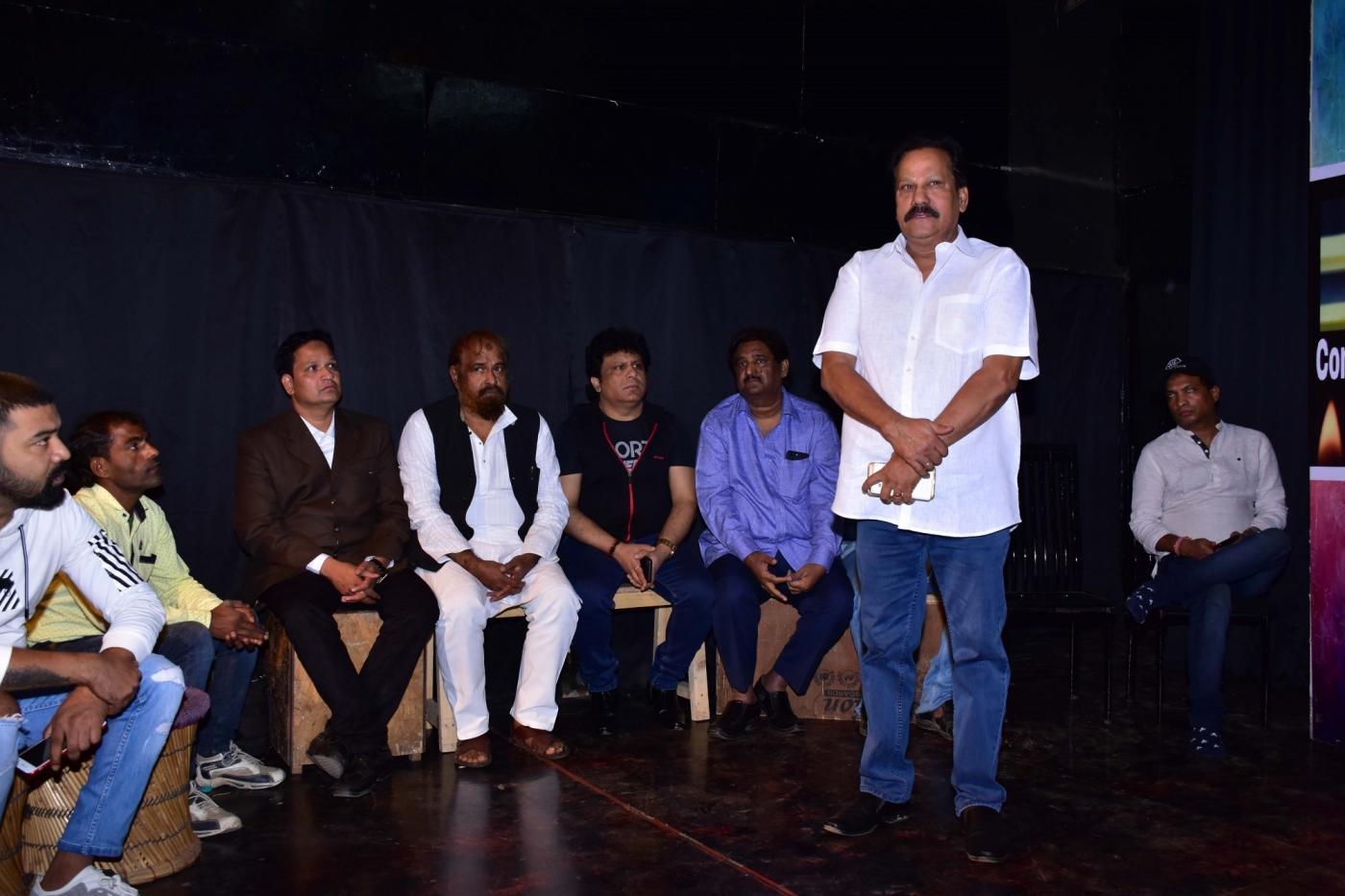 Mumbai: Prayer meet of veteran actor and writer Kader Khan underway in Mumbai on Jan 3, 2019. (Photo: IANS) by .