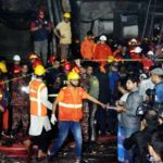 DHAKA, Feb 21, 2019 (Xinhua) Rescuers work at a fire site in Dhaka, Bangladesh, Feb. 21, 2019. At least 40 people were killed and scores injured in a fire that ripped through a building in Bangladesh capital Dhaka Wednesday night, local media reported. The fire broke out at around 10 p.m. local time at a building in old Dhaka. The flames then quickly spread to other buildings nearby, said a local fire service official. (Xinhua/Salim Reza/IANS) by .