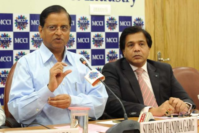 Kolkata: Economic Affairs Secretary Subhash Chandra Garg and MCCI President Ramesh Agarwal during an interactive session on 'Indian Economy: Current Trends and Future Outlook', in Kolkata on Aug 18, 2018. (Photo: IANS) by .