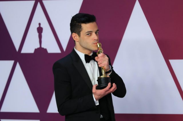 LOS ANGELES, Feb. 25, 2019 (Xinhua) -- Rami Malek poses for photos after winning the Best Actor award for