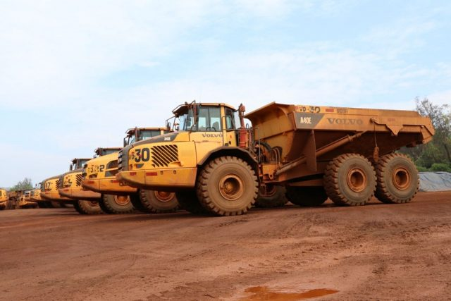 New Delhi: Machinery remain idle at a mining site in Bicholim after the Supreme Court ordered an end to mining at 88 leased sites in Goa from March 15 and directed the state government to issue fresh leases, after completing the necessary environment-related formalities; on March 16, 2018. (Photo: IANS) by .