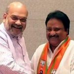New Delhi: TRS leader and sitting MP from Mahabubnagar AP Jithender Reddy joins BJP in the presence of party chief Amit Shah in New Delhi on March 27, 2019. (Photo: IANS) by .