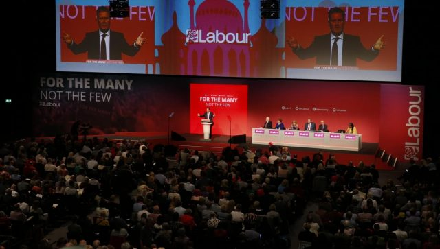 BRIGHTON, Sept. 25, 2017 (Xinhua) -- Keir Starmer, Labour Party's shadow Brexit secretary, delivers his keynote speech during day two of the Labour Party Conference in Brighton, Britain, on Sept. 25, 2017. (Xinhua/Han Yan/IANS) by .