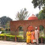 Amritsar: Visitors at Jallianwala Bagh in Amritsar, on April 10, 2019. (Photo: IANS) by .