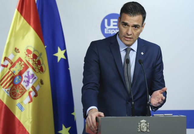 BRUSSELS, Dec. 14, 2018 (Xinhua) -- Spanish Prime Minister Pedro Sanchez speaks during a press conference at the end of an EU Summit in Brussels, Belgium, on Dec. 14, 2018. (Xinhua/Ye Pingfan/IANS) by .