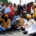 Amritsar: BJP's National Secretary Tarun Chugh and SAD leader Gurpartap Singh Tikka during BJP-SAD's joint demonstration against Indian Oversees Congress chief Sam Pitroda's remarks on 1984 anti-Sikh riots, in Amritsar on May 10, 2019. (Photo: IANS) by .