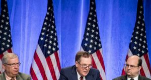 WASHINGTON, Aug. 16, 2017 (Xinhua) -- U.S. Trade Representative Robert Lighthizer (C) attends the first round of renegotiations on the North American Free Trade Agreement (NAFTA) in Washington D.C., the United States, on Aug. 16, 2017. The United States, Canada and Mexico on Wednesday kicked off the first round of renegotiations on the North American Free Trade Agreement (NAFTA) amid widespread uncertainty and anxiety over the future of the decades-old trilateral trade deal. (Xinhua/Ting Shen/IANS) by .