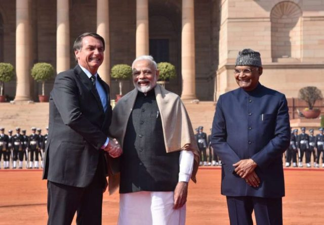 New Delhi: President Ram Nath Kovind and Prime Minister Narendra Modi with Brazilian President Jair Bolsonaro at a Ceremonial Reception accorded to him at Rashtrapati Bhavan in New Delhi on Jan 25, 2020. (Photo: IANS/MEA) by .