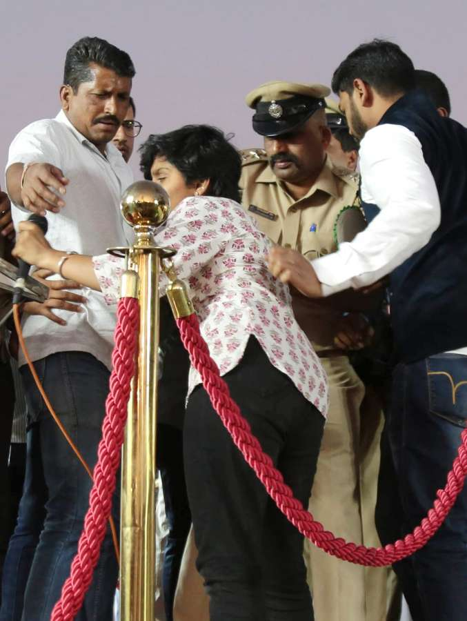 Bengaluru: Bengaluru: Karnataka police officials detain a student activist Amulya Leona, after she raised pro Pakistan slogans during a protest meeting against CAA, NRC and NPR organised by Hindu Muslim Sikh Isaai Federation, at Freedom Park in Bengaluru on Feb 20, 2020. (Photo: IANS) by .