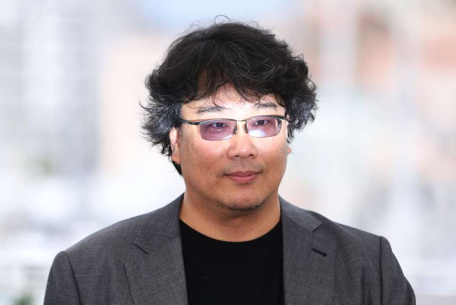 """CANNES, May 22, 2019 (Xinhua) -- Director Bong Joon-ho poses during a photocall for """"Parasite"""" at the 72nd Cannes Film Festival in Cannes, France, May 22, 2019. """"Parasite"""" will compete for the Palme d'Or with 20 other films. (Xinhua/Gao Jing/IANS) by ."""