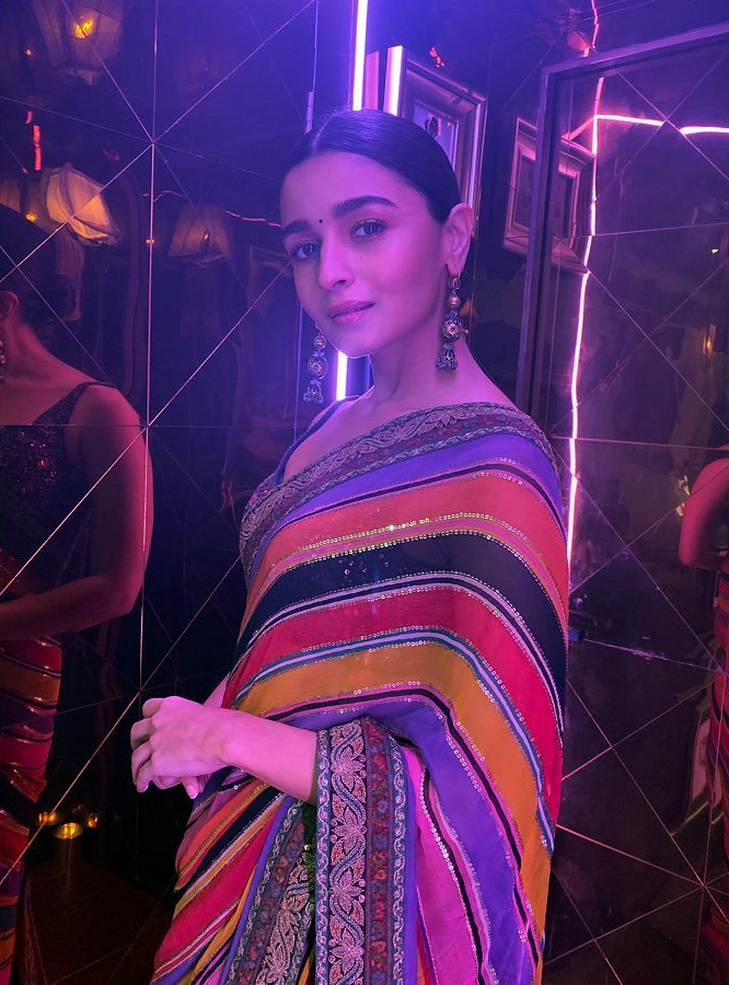 Actress Alia Bhatt, who bagged the award for Best Actor (Female) for Gully Boy at Screen Awards 2019 in Mumbai. by .