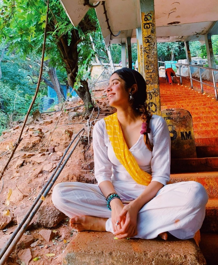 """Bollywood actress Janhvi Kapoor is currently on a religious trip to Tirupati in Andhra Pradesh. The """"Dhadak"""" actress took to Instagram on Sunday and posted a gamut of photographs from her trip. According to comments on her images, Janhvi trekked it all the way to the top of Tirumala town to make it to the shrine. by ."""