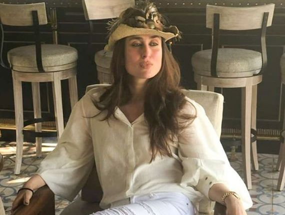 Kareena perfects 'work from home' with a pout. by .