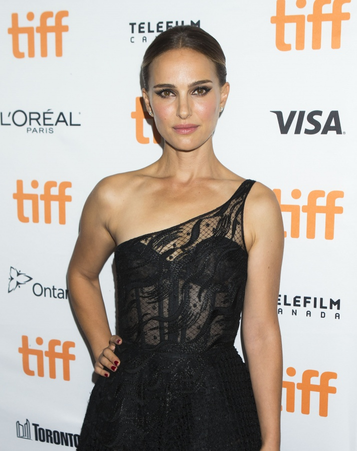 """TORONTO, Sept. 12, 2019 (Xinhua) -- Actress Natalie Portman poses for photos before the world premiere of the film """"Lucy in the Sky"""" at Princess of Wales Theatre during the 2019 Toronto International Film Festival (TIFF) in Toronto, Canada, Sept. 11, 2019. (Photo by Zou Zheng/Xinhua/IANS) by ."""