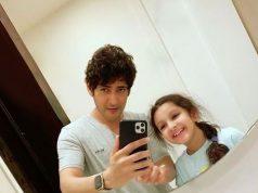 Mahesh Babu tries 'mastering mirror selfie' with daughter Sitara. by .